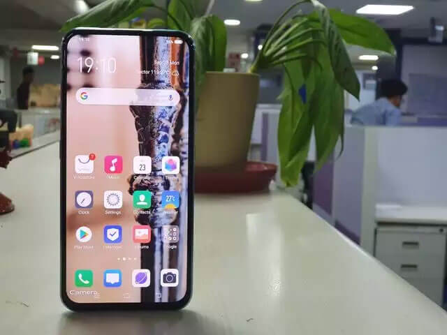 Vivo-V17-Pro-display