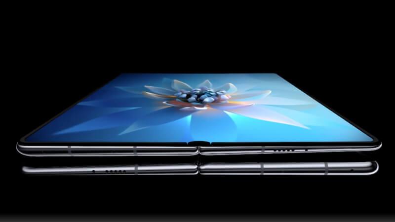 Huawei-Mate-X2-Foldable-Phone
